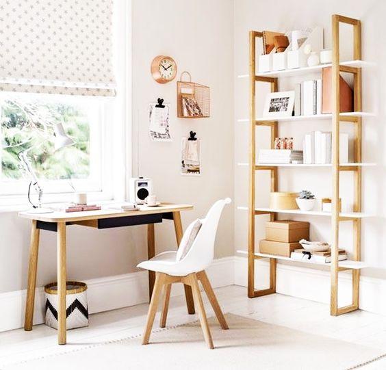As estantes ajudam a manter tudo organizado. Escolha o tamanho ideal de acordo com seu espaço disponível.